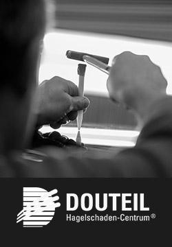 [Translate to Englisch:] DOUTEIL - Hagelschaden-Centrum